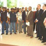 La UASD entrega uniformes al personal de Seguridad